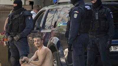 Bukarests Polizei hat die Tunnelmenschen in der Kanalisation hochgenommen
