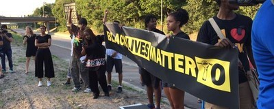 #BlackLivesMatter Protests Escalate in Toronto as Police Shooting Deaths Scrutinized