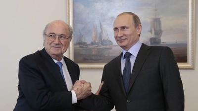 Nobelpreise für alle! Putin schlägt Blatter vor. Aber warum nur den?