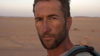 13 Jahre Tortour: Wie ein Abenteurer die Erde mit reiner Muskelkraft umrundete
