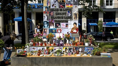 German Michael Jackson Fans Are Physically Fighting Each Other Over a Shrine to the King of Pop