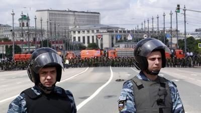 Moscova vrea să interzică ONG-urile pro-democrație și alte grupuri din Rusia