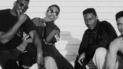Persiguiendo skinheads con los Black Dragons en el París de los 80