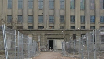 We Talked to the Guy Offering a €100 Bribe to Get Into Berghain