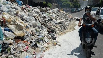 En photos : Beyrouth croule sous les ordures