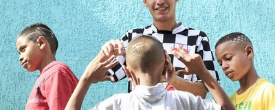 The Teenage Brazilian Barbers Offering Free Haircuts to the Poor