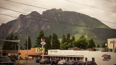 After 25 Years, the Twin Peaks Festival Is Still Wonderful, Still Strange