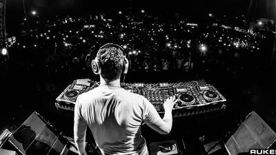 ¿Por qué aún no hay un DJ mexicano que sea súper estrella?