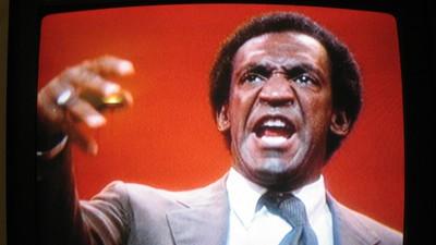 Bill Cosby muss jetzt vor Gericht zu einem Missbrauchsvorwurf von 1974 aussagen
