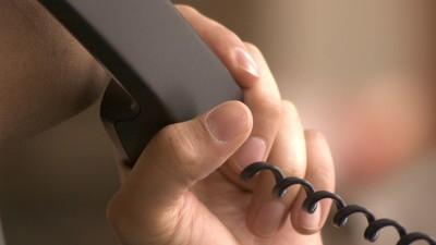 Die Geschichten, die man mitbekommt, wenn man beim Sorgentelefon arbeitet