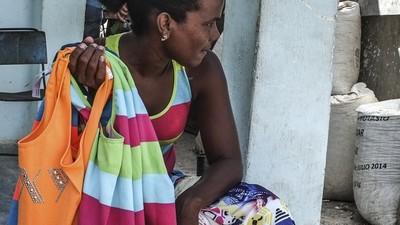 De Rolê no Mercado Ilegal La Candonga, em Havana