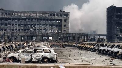 Videos zeigen die riesige Explosion in Tianjin, die Zahl der Todesopfer steigt