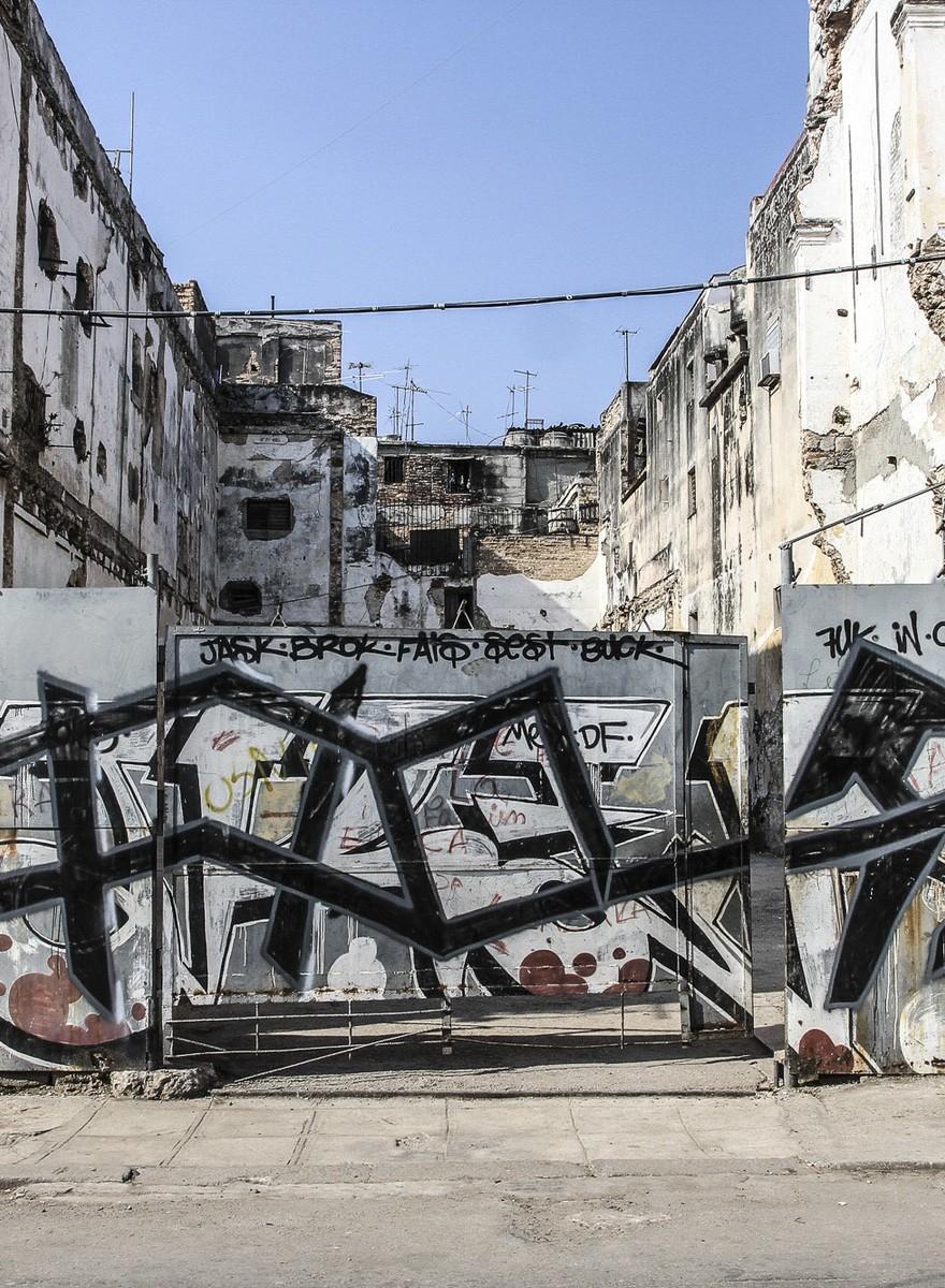 Grafitar em Cuba é Muita Treta