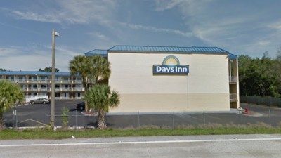 Lawsuit Alleges Days Inn Instructed Employees to Flip a Mattress that Somebody Had Died On Rather Than Throw It Out