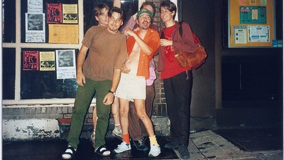 We Downed Beers in Chinatown with Former Pavement Bassist Mark Ibold