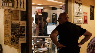"""Die Neonazis von """"Blood & Honour"""" auf Kaffeefahrt in Hitlers Heimat"""