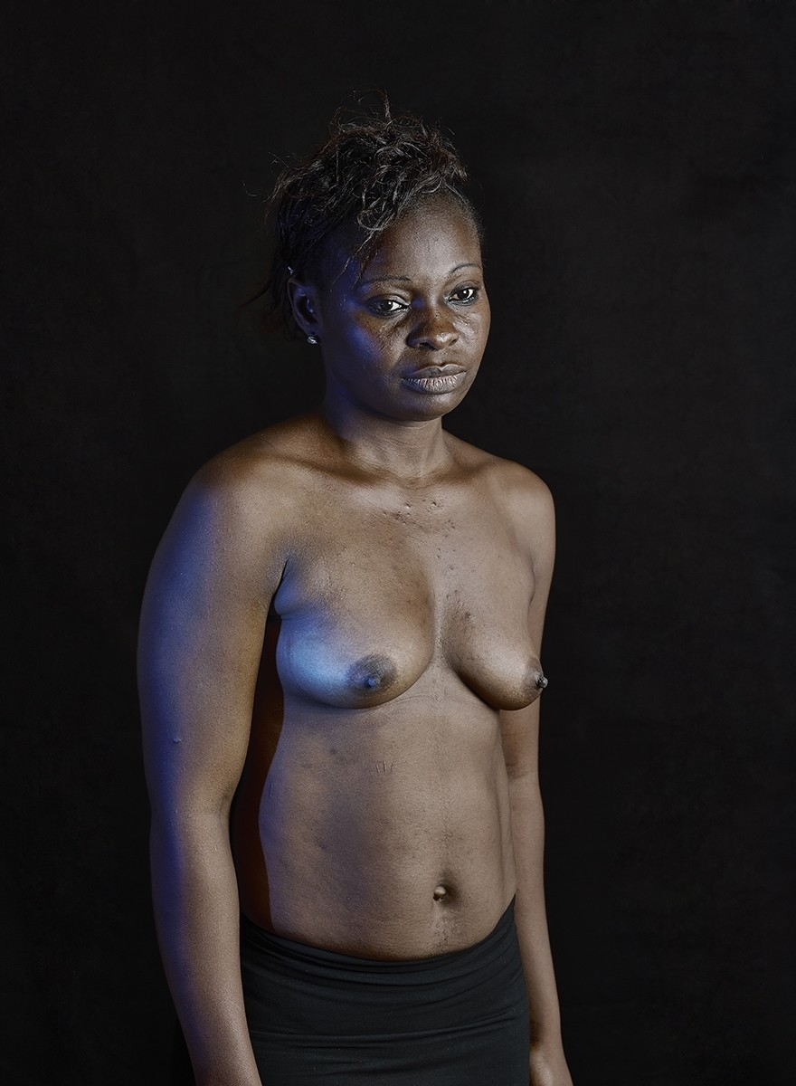 Platgestreken borsten: het taboe op seksualiteit in Kameroen