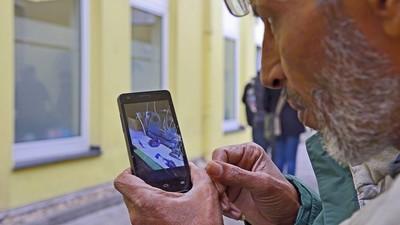 """Was die Smartphone-Hetze über Flüchtlinge und """"Asylkritiker"""" verrät"""
