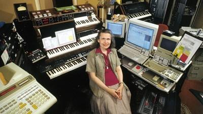 Wendy Carlos es la madrina transgénero de la música electrónica