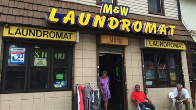 Are Silicon Valley Apps Killing New York's Laundromats?