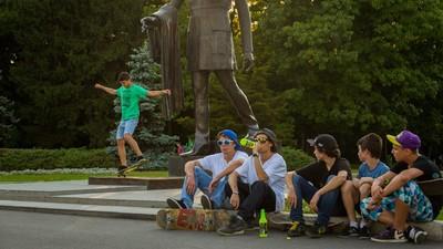 Cum se transformă skateboarding-ul în sport profesionist, în România