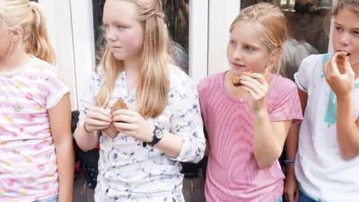 Middelbare scholieren blijven trouw aan hun bammetjes met kaas