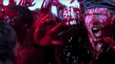 Prima petrecere cu muzică electronică și sânge