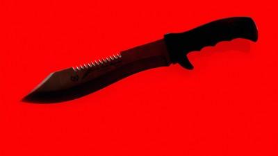 Es ist so weit: Rassisten dringen mit Messer in Flüchtlingsheim ein