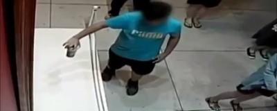 El video del niño taiwanés que rompe un cuadro dice muchas cosas sobre la humanidad