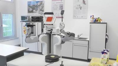 Un robot alemán aprendió a voltear hot cakes en Wikihow
