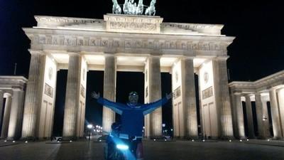 De Madrid a Berlín en bici (y durmiendo en cajeros automáticos)
