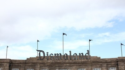 Dismaland Is a Smug, Cliched Monument to Banksy's Dated Agenda