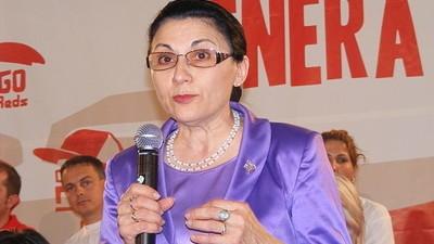 Plângăciosul săptămânii: Ecaterina Andronescu vs. Vasluianul care șantajează carmangerii