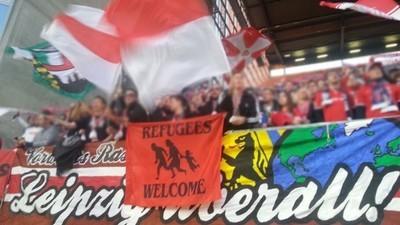 RB Leipzig verbietet antirassistische Spruchbänder im Stadion
