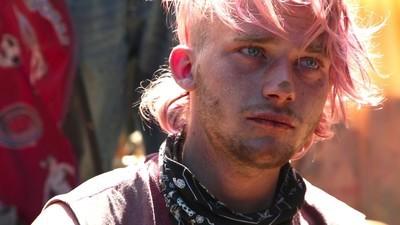 Gli adolescenti emarginati delle comunità hippie americane