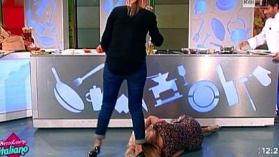 Cinque momenti della tv italiana che fanno più ridere della spaccata di Lisa Fusco