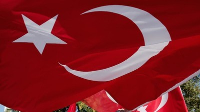 """Turquia Acusa Jornalistas da VICE News de """"Trabalhar em Benefício de uma Organização Terrorista"""""""