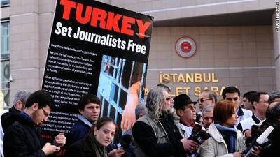 VICE News condena al gobierno turco por la detención de sus periodistas acusados de terrorismo