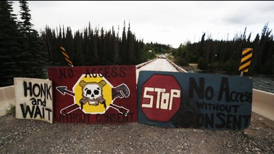 Everything We Know About the Possible RCMP Raid on the Unist'ot'en Camp