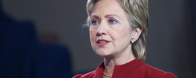 Hillary Clinton's Latest Court-Mandated Email Dump Illustrates Her Team's Conflicting Relationship with Tech