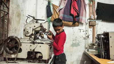 Bangladeshi Sweatshops Continue to Imperil Workers' Lives