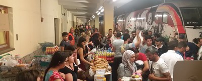 """Refugees welcome"" – So wurde am Wiener Westbahnhof geholfen"