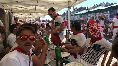 Manger comme un Basque pendant les Fêtes de Bayonne