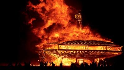 Morte ed ecstasy: l'ascesa e il declino del Burning Man