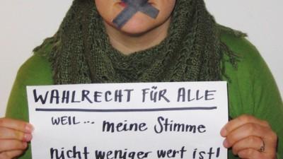 So denken Ausländer darüber, dass sie in der Schweiz nicht wählen dürfen
