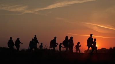 España matiza su postura respecto a las cuotas de refugiados — sus excusas cuestionadas
