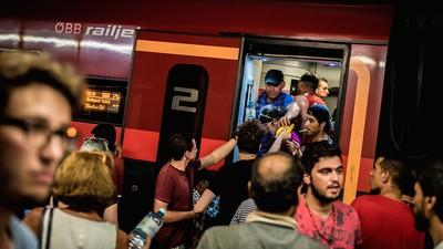 Ein ungarischer EU-Parlamentarier warnt vor der Verhängung des Ausnahmezustands