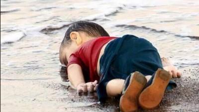 Al niño refugiado muerto le importa una mierda tu opinión