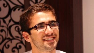 Des écrivains mobilisés pour la libération du journaliste de VICE News en prison