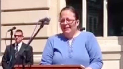 Kim Davis, the Anti–Gay Marriage County Clerk and Conservative Hero, Was Freed from Jail